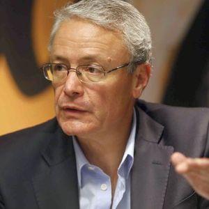 Jorge Saumel - Pte. Convencion de IAEF A CAMBIO DE QUE