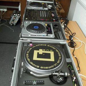 DJ San & Deejay Krüge® live @ Lesz Rádió 2011.02.17 (Komoly Mix 33. adás)