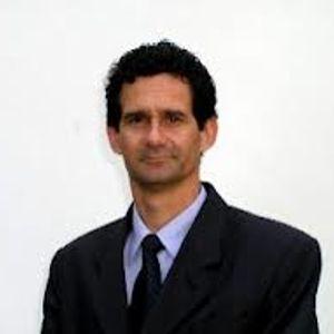 Diputado Gustavo Espinosa, Presidente de la Comisión de Derechos Humanos de la Cámara de Diputados