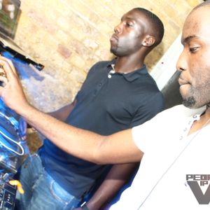 Danny Mowe & Kofi Amah @ SE7EN - East Village 29.06.2012