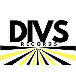 The Divs Records Show - F1