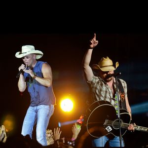 Kenny Chesney & Jason Aldean Pre-Party  - Live Warmup Mix - June 27, 2015 in Seattle, WA