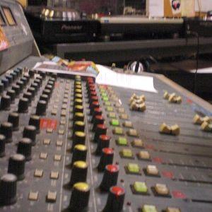 Emission La Voix du HipHop en special guest PARANOYAN part II du 18 décembre 2010