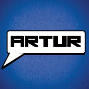 Artur#13 - Aquele Em Que o Artur Esteve Sozinho