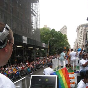 103.5FM-KTU's NYC PRIDE Parade 2015 Float MIx
