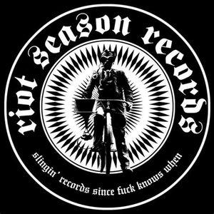 Wake Up special : Riot Season records