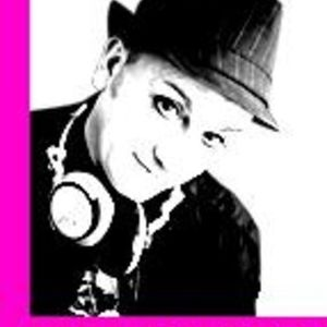 Mark Holliday TwoChe Radio Show Guest Mix 24/08/2012