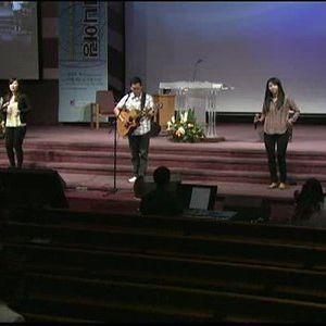 2013/09/22 HolyWave Praise Worship