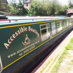 The Alan Donegan Show No 32; Show from a Narrow Boat