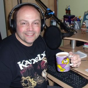 Tony Corner - Spins From The Bins Sept 11th 2014 - Taz Taylor Band Interview and Competition
