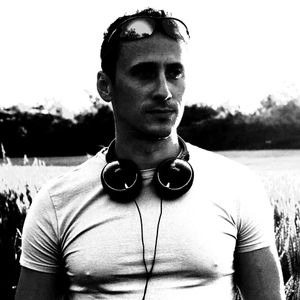 Journey to happiness 89 Guestmix by Bryan Elkins