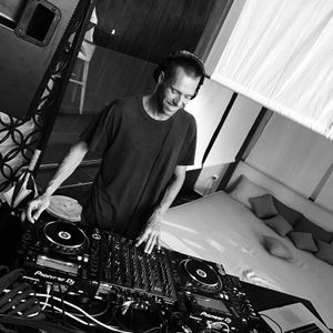 Pascal B - After Hours 283 - 02-11-2017