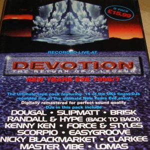 Dougal with MC Robbie Dee at Devotion - The Return of a Legend - New Years Eve '96