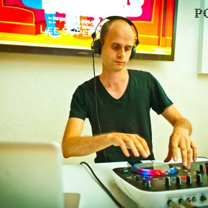 Polden podcast # 4 – Vitaly Smith Live @ 04.05.13 (Back To Love)