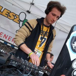 SZIE Egyetemi Napok 2014.05.06. (DJ San & Deejay Krüge® live @ LeszRádió chill terasz)