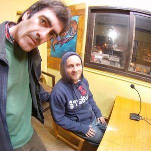 Programa de Radio/ El Viaje en Paracaídas_