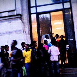 [reportage] solidarietà migrante - volontari milanesi in stazione centrale