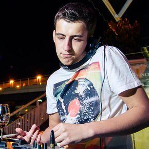 Luke - Live at Vinchenso / May 2012