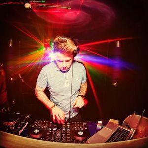 Dezz - Tech House Mix Jan' 2013