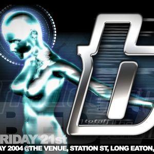 Lee UHF B2B Freestyle w/ Mc Sharkey @ Total Bedlam 21st May 2004
