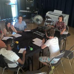 Citizens : Lorik, Sang Min et Abdikarim, 3  étudiants internationaux  à Besançon...