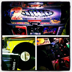 Dj Tzeech::Old Combos New Mix