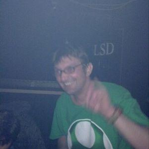 canumaS.one-man-show@near.centro.O.2012-06-02