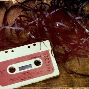 Bičiulio valandą Dainius suka kasetuką (2010-12-15)