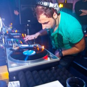 Mihalis Safras @ WMC 2011 summer 06.011