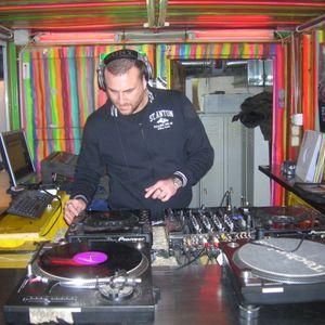 Jonathan David live@Play.FM-MNML Radio show - Vienna Austria DEC  3rd 2010