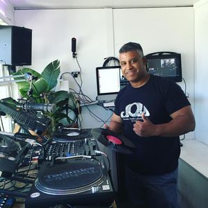 Elbin Reyes @ The Lot Radio 07:23:2016