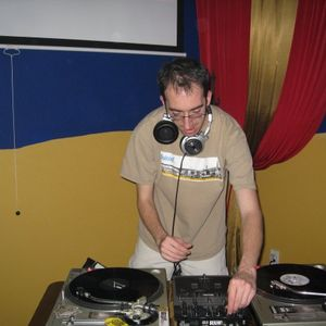 July 2007 Mix by DJ Round-N-Round