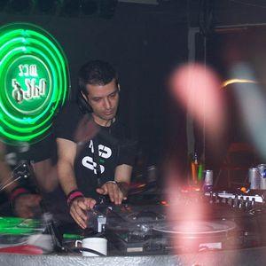 Mert Yucel live @ Radio FG - 06.11.2011 - Sunday Residents Radio Show