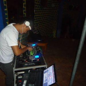 APOYAR POR FAVOR ((DJ DAVIX))-CONTRATOS:RPM:#947424530 FIJO:546230