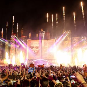 Backfort & Pride // Tomorrowland <3