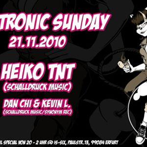 21-11-10 Electronic Sunday mit Dan Chi