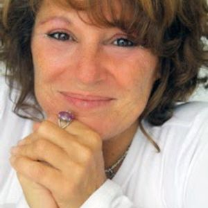 LORI SPAGNA - LIGHTWORKER AND VISIONARY- Animal Communication 04-20-2015