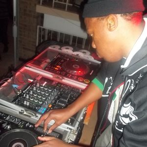 deepnmore records selections by DjRhystoz SA