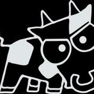 Mad Cow Breaks Extended - Bones-E-boy -  (Old Skool Hardcore & Breaks)