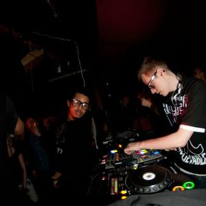 Trickykid feat Eboi and Dida @ Pluto 20nov 2010