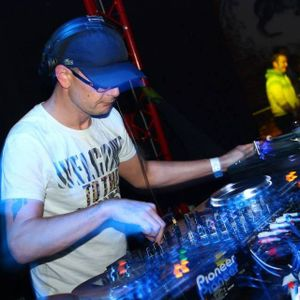 drum n bass mix-up