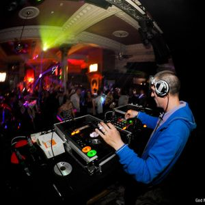 DJ TARQUIN AUGUST HOUSE MIX