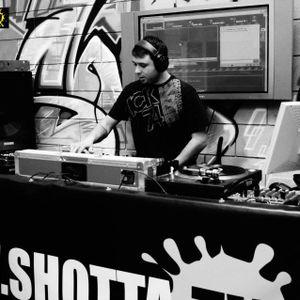 DJ NOSHAD D WITH MC'S STORMIN, SWIFTA & LINDEN D - DNB