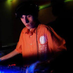 Funcast 019 - BENJAMIN SHOCK (03-09-2010)