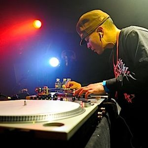 DJ QBert - MikiDz Show - Jan. 27, 2014