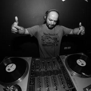 DJ Raver - Basics Bass Mix (05-2016)