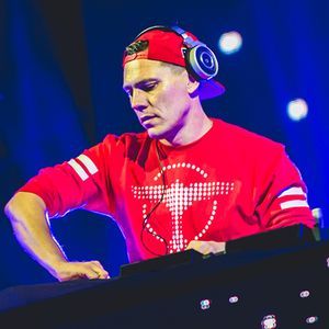 Tiesto - Club Life 529 on Radio-538 (guest Gryffin) -20-05-2017