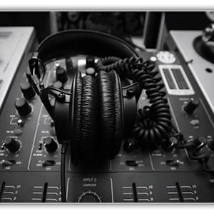 Dj Csabesz19-Club Design mix show ! ( 2012.02.06. )