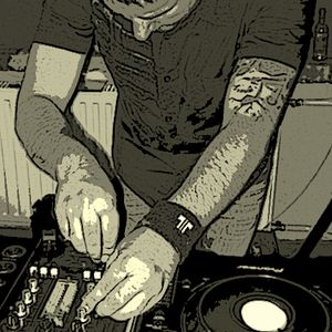 paperd®g - summer sunday subculture / 2012-08-19 / Emmy House Pub