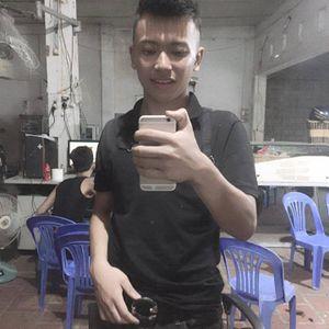 Tôm Cô Lô Nhuê